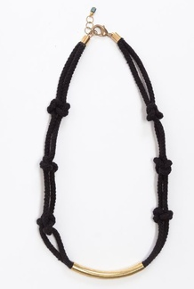 6 Lovers Knot Necklace Black